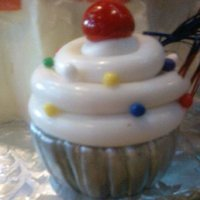 Fondant Cupcake Figurine For Giant Cupcake This cupcake is made up entirely of fondant! FUN!