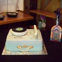 1950's Rca Victor Suitcase Style Record Player