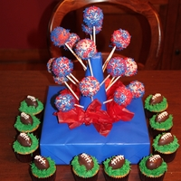 Cake Pops ~ Superbowl Made these cake pops for a superbowl party! Go Giants!