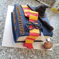 Harry Potter Cake Vanilla cake, vanilla frosting with fondant details
