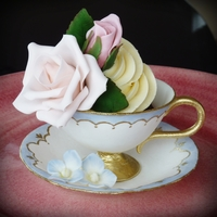 Sugar Teacup Cupcake  The teacup and flowers are all gumpaste, and ofcourse there's a cupcake inside with vanilla pod buttercream. I entered this pic in a...