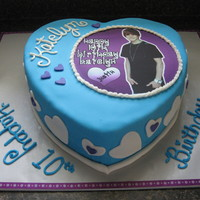 Justin Bieber edible image, cake is covered in fondant with buttercream filling