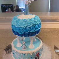 Disney Frozen   all buttercream, used electric blue for the different shades of blue.