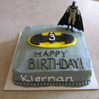 Batman   Butter cream with fondant Batman symbol