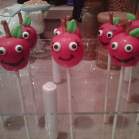 Apple Cake Pops! Gifts for my daughter's teachers =)