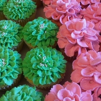 Spring Flowers Flower cupcakes for Bridal shower