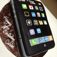 "Iphone 4S chocolate cakechocolate pastry creme fillingblack ""Duff"" fondant"
