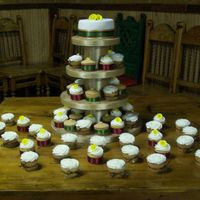 Cupcake Wedding These are some cupcakes I did for a wedding. 4 designs. 1-Buttercream with gumpaste calla lily 2-Buttercream with non-perials dusted with...