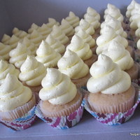 Lemon Mini Cupcakes With Lemon Buttercream Frosting Lemon mini cupcakes with lemon buttercream frosting