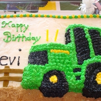 John Deere Tractor I made this cake for my nephews birthday.