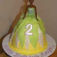 Princess Tiana   10 inch, 2 8 inch, 6 inch, & a small rounded top.