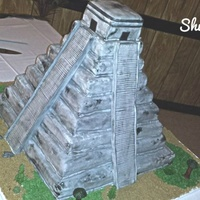 Aztec Pyramid.. Here is the Aztec pyramid I made for a quince. Thank you for those who helped me with my questions!