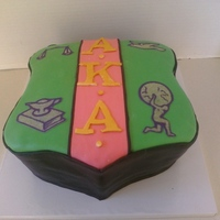 Alpha Kappa Alpha Crest This cake is lemon cake with white chocolate ganache covered in fondant. Skee-Wee to my sorors!