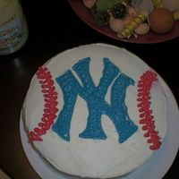 Go Yankees! One of my first cakes (I'm still new at this :) ) just for fun and because I'm a Yankees fan. Two layer 9 inch chocolate cake...