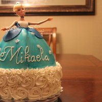 Cinderella Princess Cinderella princess cake in butercream and fondant