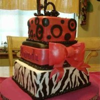 Zebra Sweet 16 Cake zebra theme cake for a sweet 16 girl.