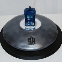 "Dr. Who Hologram Chamber Made for a Dr. Who fan. The Tardis is made from RKT and I used a cake board to make the ""reflective"" ring."