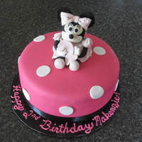 Fondant Minnie Mouse Hold 2 Fondant Minnie Mouse hold #2