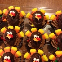 Cupcakesturkeycandy Cornpipingbuttercreamgobble Cupcakes,turkey,candy corn,piping,buttercream,gobble