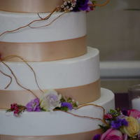 Round White Rustic Wedding Cake round white 'rustic' wedding cake.