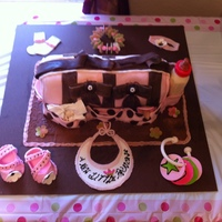 Baby Princess FONDANT COVERED DIAPER BAG CAKE W/ CHOCOLATE BABY BOTTLE & GUM PASTE BABY ITEMS...THANKS FOR LOOKING