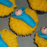 "Happy Birthday Baby Jesus Cupcakes For my daughters preschool...they asked for ""Happy Birthday Baby Jesus"" cupcakes...I was stumped for a while, but I saw something..."