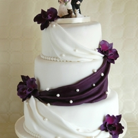 Simple Elegant Wedding Cake Lilac Orchids Classic Wedding Cake