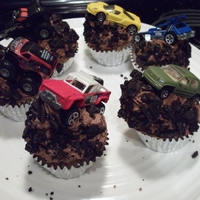 Off Road Cupcakes Fathersday off road cupcakes