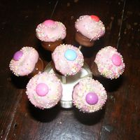 Mini Cupcakes Mini Cupcakes on lolly sticks, copied from Bakerella.Chocolate marscaponi cheesecake with plain and strawberry chocolate. 1st attemp!!