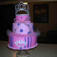 Princess Birthday Cake WASC with buttercream icing - fondant accents and crown provided by the Mom. TFL (sorry, the color is not the best on this picture)
