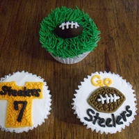Steeler Cupcakes These are actually done on styrofoams and out of royal icing as these are for a display for a gluten free store that I decorate cakes and...