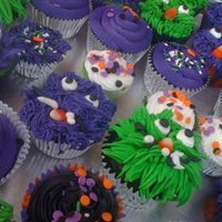 Monster Cakes Halloween Cupcakes