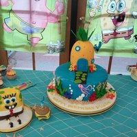 Elijah's Sponge Bob Cake Large cake: Sponge Bobs house, Sea themeSmash Cake for the birthday boy:Sponge Bob