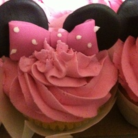 Minnie Mouse 1St Birthday Cupcakes Buttercreme icing with fondant ears.