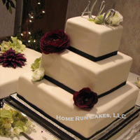 Late Winter Wedding Cake Large center square stack with two side satellite cakes