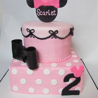 Minnie Mouse Cake This is NOT my design, I was given a picture, but could not trace back the person to give credit to.