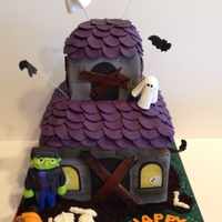 Haunted House Birthday Cake Haunted house birthday cake