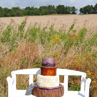 Rustic Charming Wedding Cake