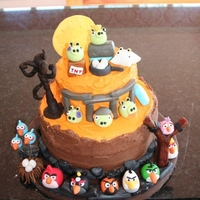Angry Birds Halloween Cake A WASC cake with Buttercream frosting and Fondant accents