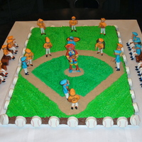 Baseball Cake With Gumpaste Team Players