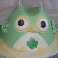 St. Patricks's Day Owl Yellow cake, new tutorial I bought so I made this cake to celebrate St, Patrick's Day