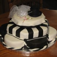 Wedding Cake   Black and White, very fun to make.