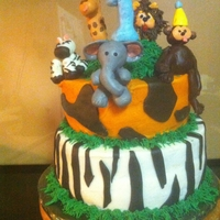 Safari Theme Birthday Buttercream with Fondant accents and animals