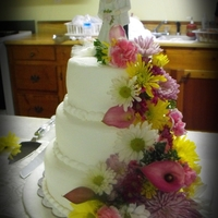 Katies Wedding Cake buttercream with fresh flowers
