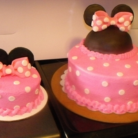 Minnie Mouse buttercream and fondant