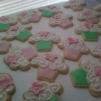 Cupcake Cookies! Cute Cuppie Cookies for two little girls!