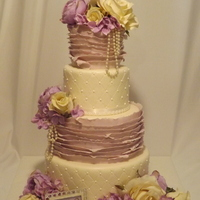 I Love This Cake The Flowers Are Silk   i love this cake!!! the flowers are silk