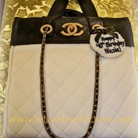 Channel Handbag I created this as an exact replica from the birthday girls actual bag. Fondant TFL!