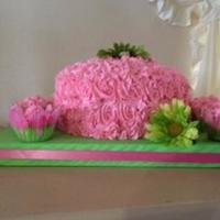 Pink And Green Birthday Cake With Cupcakes Pink and Green birthday cake with cupcakes