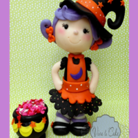 The Cutest Little Witch   Fondant topper ready to celebrate Halloween